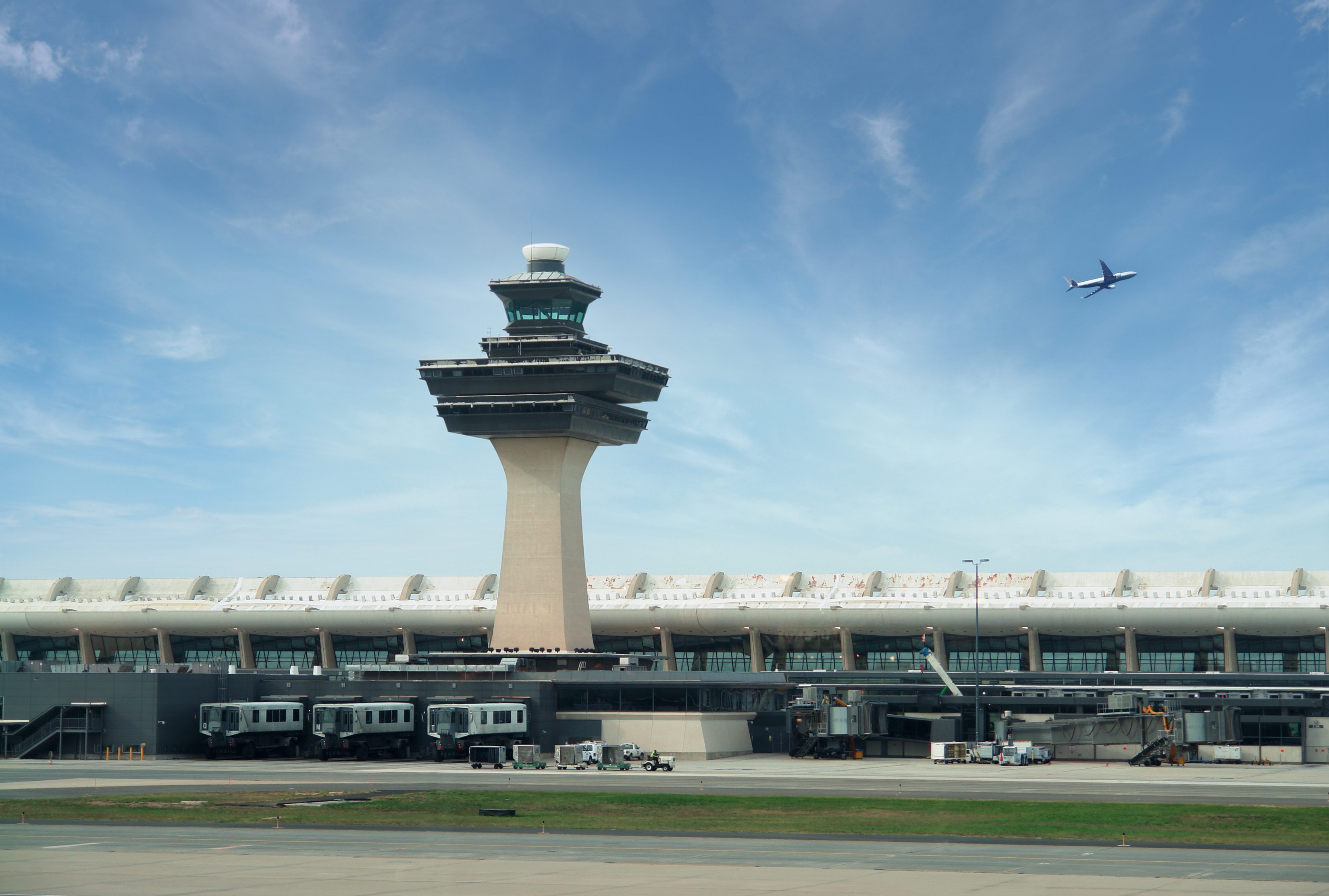 Deal or No Deal: Prospects for Airport Privatization in the United States